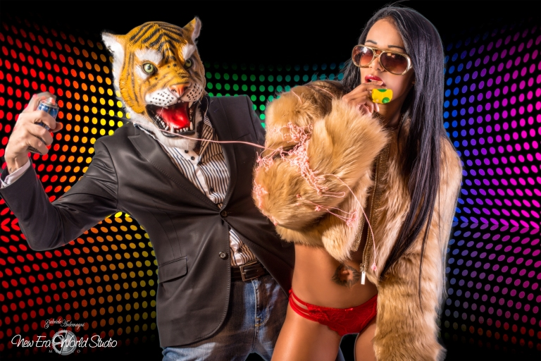 Copertina e editoriale su Virtuosité Magazine #6 Belgio https://ita.calameo.com/read/0045587628d0411c26f4d Foto: http://gabrieleardemagni.com/ http://www.gabrieleardemagni.com/showAlbum.php?showAlbum=80 Modella: Besayra Martinez Gutierrez Santo Domingo Modello: Tiger Man Giappone Location: https://www.facebook.com/NewEraStudio/ Milano Thanks to Patric Bernard